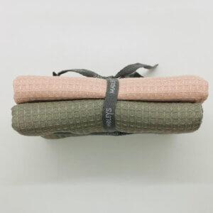 Madleys Handtuch aus Waffelstoff - rosa und grau-grün